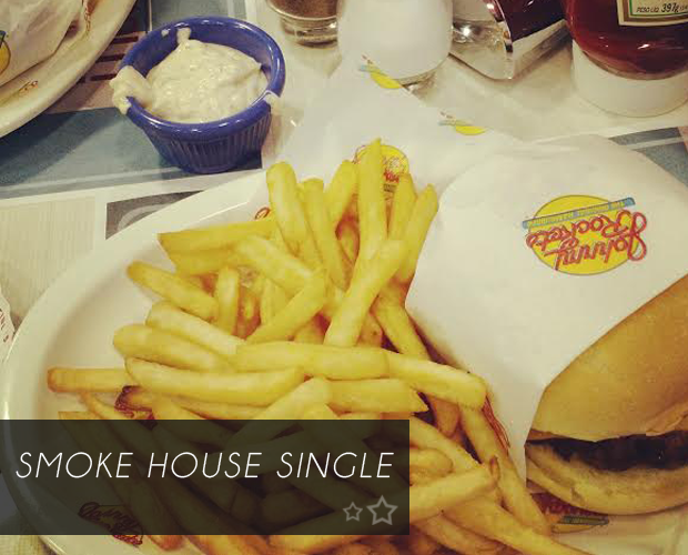 JohnnyRockets-SmokeHouse-ColorindoNuvens