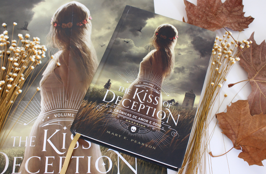 Resenha do Livro: The Kiss of Deception | Darkside Books