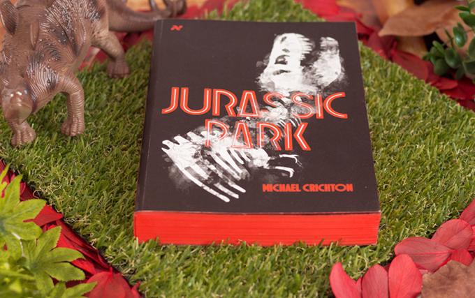 Resenha de Livro jurassic Park Editora Aleph
