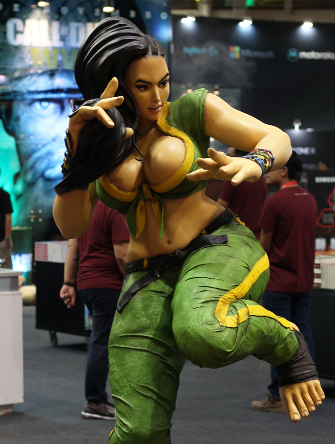 BGS Street Fighter Laura