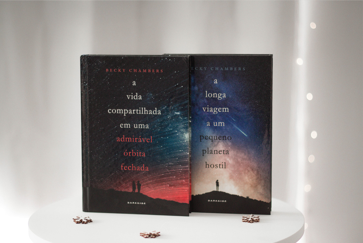 Resenha de livro A vida compartilhada em uma admirável órbita fechada darkside books