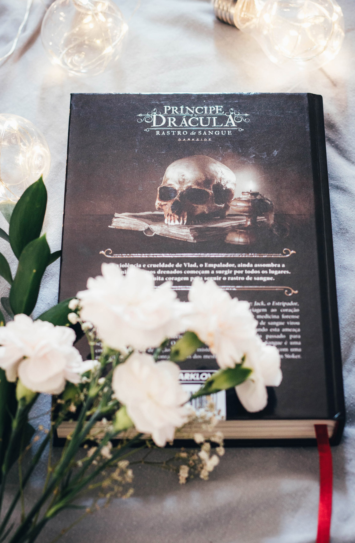 Resenha de livro Rastro de Sangue Principe Drácula Darkside Books