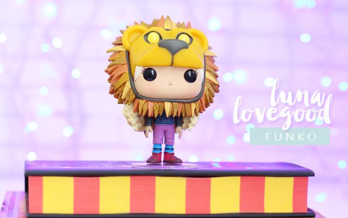 Colecionáveis Funko Pop Harry Potter Luna com Chapéu de Leão