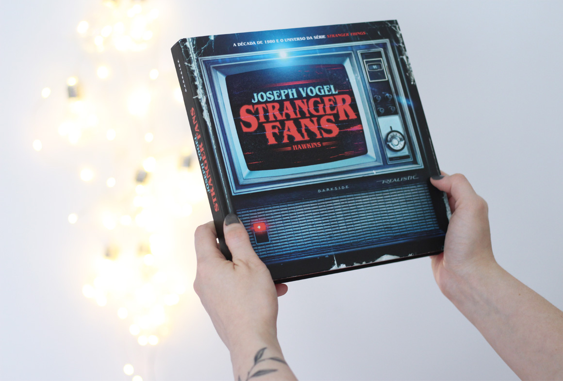 StrangerThings Stranger Fans Darkside cinebook